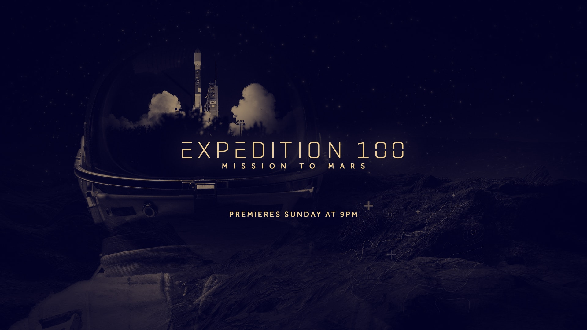 Gros plan sur un casque d'astronaute avec le décollage d'une fusée en double exposition et le titre de l'émission : Expedition 100 - mission to mars