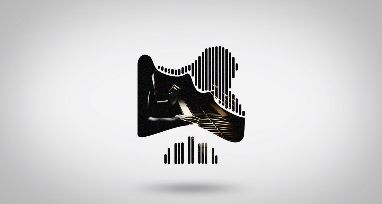 Morphing vers une silhouette de microphone avec une pianiste qui joue