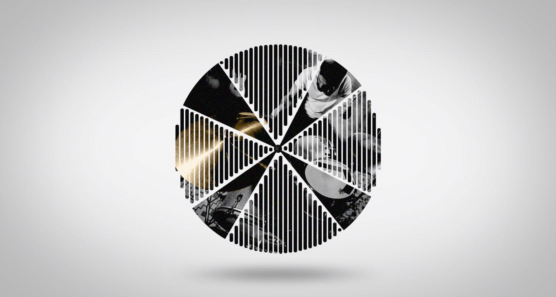 silhouette de cymbale avec batteur qui joue
